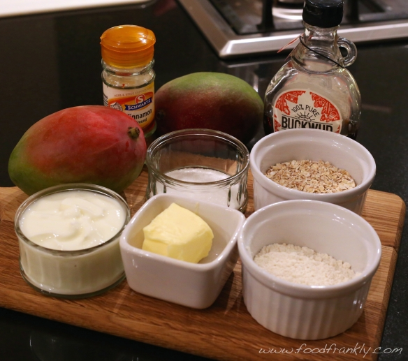 Mango yoghurt crumble ingredients