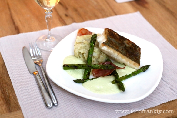 Hake and asparagus